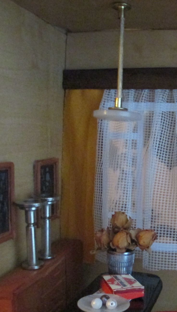 Poirot s wall lamp