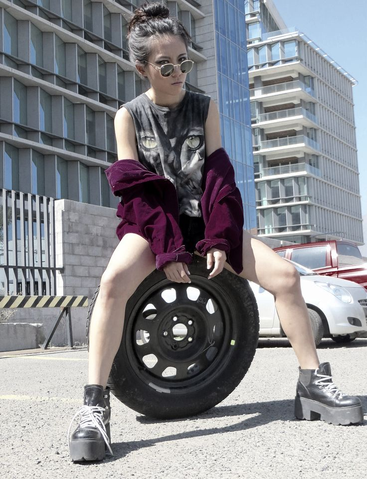 Editorial - Grunge Urban Street style