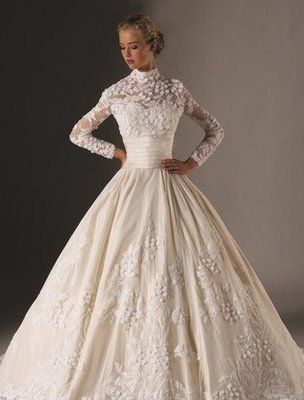 Google Αποτελέσματα Eικόνων για http://wedding-beauty.com/wp-content/uploads/2011/02/Wedding-Gowns-for-Older-Brides.jpg