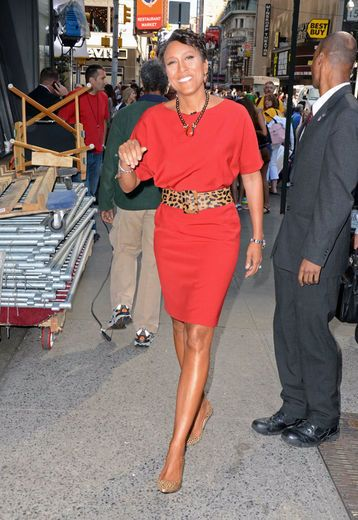 Robin Roberts is an inspiration.Leopards Belts, Mornings America, Orange Dresses, Abctv, Shift Dresses, Beautiful Robin, Abc Tv, Inspiration People, Robin Roberts Sh