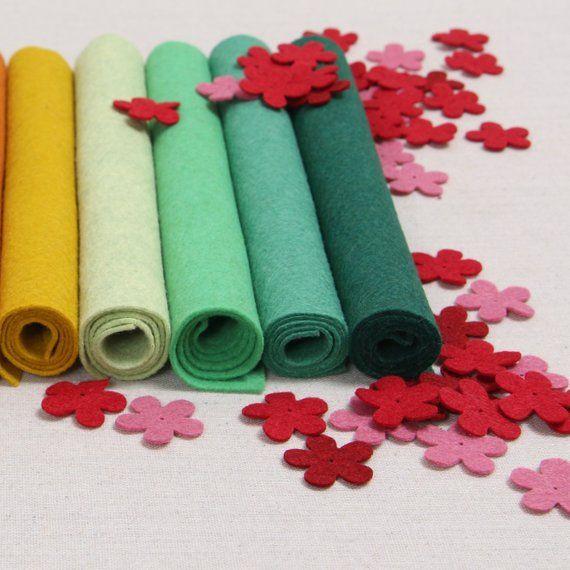 Wool Felt Geranium Benzie Design Benzie Felt Wool Felt Etsy Felt Crafts Felt Felt Flowers