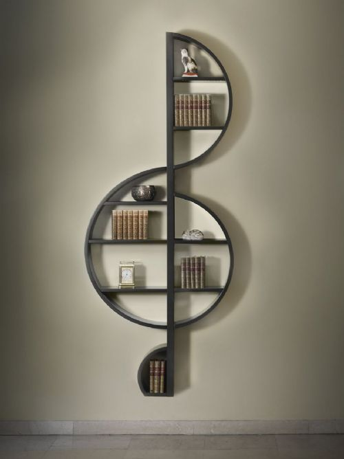 libreria chiave di violino, per chi ama la musica e i libri  library in the form of treble clef for those who love music and books