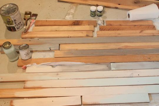 2reclaimed_wood_wall_paint_rect540