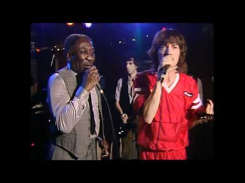 Muddy Waters & The Rolling Stones - Mannish Boy (Live At Checkerboard Lounge) Total Mayhem.
