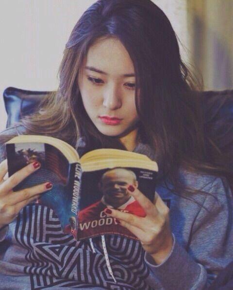 Image via We Heart It #fx #krystal #krystaljung