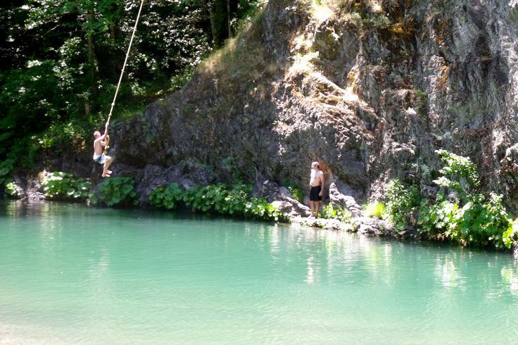 Swimming holes in Northern California: Mad River, Kneel and Rope Swing located in Humboldt County