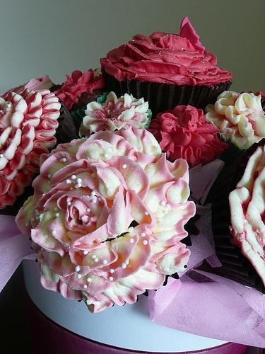 Cupcakes Take The Cake: September 2010Beautiful Cupcakes, Floral Cupcakes, Cupcakes Bouquets, Flower Bouquets, Cups Cake, Rose Cupcakes, Flower Cupcakes, Beautiful Rose, Cupcakes Rosa-Choqu