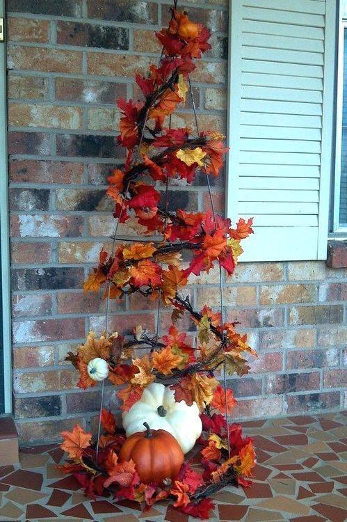 Fall Decor: Repurpose a Tomato Cage
