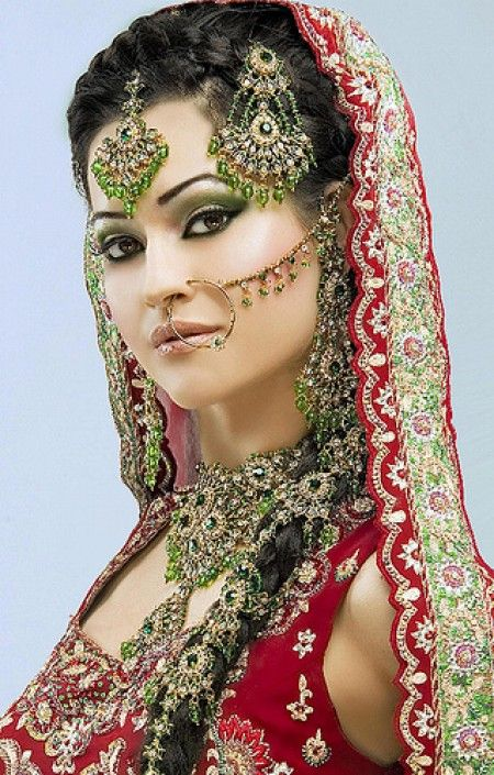 Green Bridal Jewelry with Beautiful Green Hair Accessories