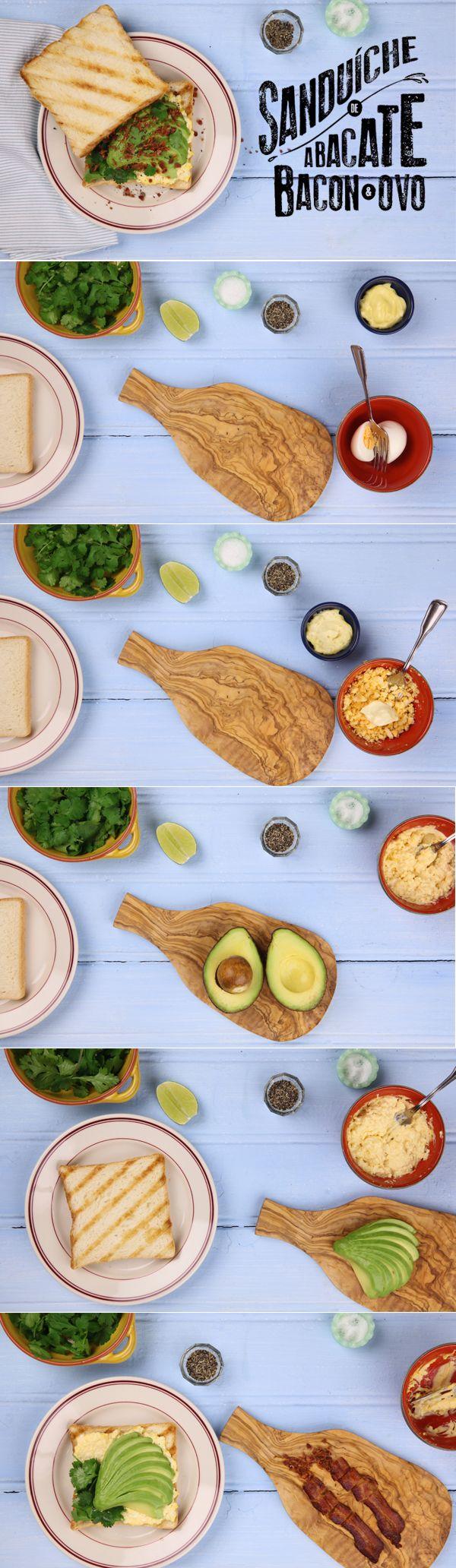 Receita de sanduíche de abacate, bacon e ovo do Panelinha. Comer abacate com sal e limão (ou com pão) já não é mais novidade. Agora, combinar a fruta com pastinha de ovos e bacon crocante... Isso sim é surpreendente! O nome? Abacabacon, meu amor!