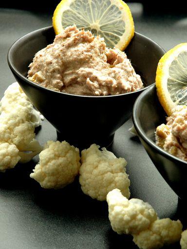 Mousse de thon au fromage ail et fines herbes : Recette de Mousse de thon au fromage ail et fines herbes - Marmiton