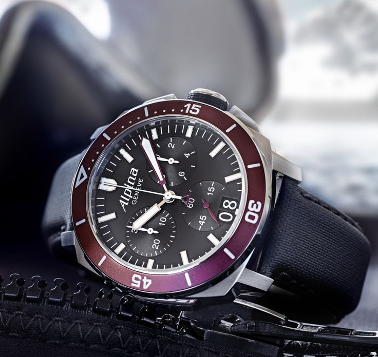 Alpina Seastrong Diver 300 Chronograph Big Date (bordeaux bezel)