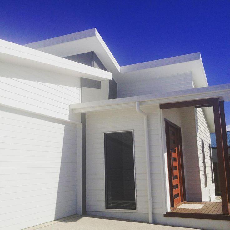 "33 Likes, 2 Comments - Darren Hunt Homes (@darrenhunthomes) on Instagram: ""Coastal delights #beach #scyonwalls #cladding #external #build #externaldesign #homes #design…"""