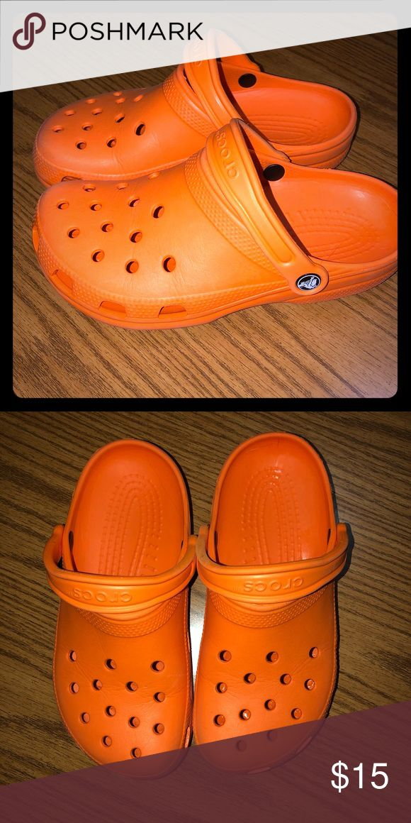 Classic CROCS Orange M6 W8 Excellent condition CROCS Shoes