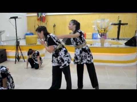 Coreografia dançada pelo grupo de discipulado da Companhia de Dança Athos.