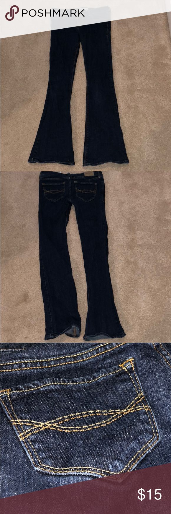 Abercrombie Kids Cute Stretch Flare Jeans These jeans are worn but still look as good as new!   Outfit ideas: -pair it with a simple button-down and flats -pair it with a float tank top and scarf abercrombie kids Jeans Flare & Wide Leg