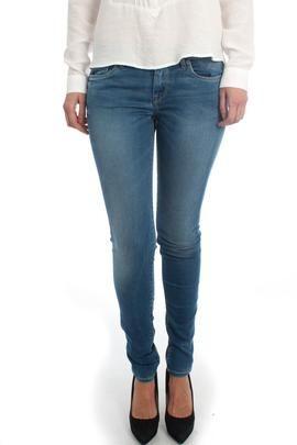 Pantalón Vaquero Pepe Jeans Soho. Estilo y tendencia en un patalón vaquero para ti. #moda #ropa #fashion #style #tendencias #mujer #pantalón #modamujer
