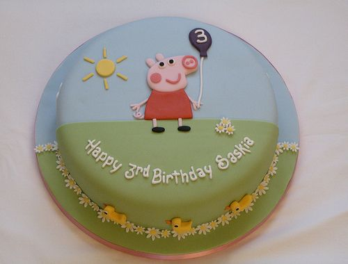 Peppa Pig Cake by Taylor made Cakes, via Flickr