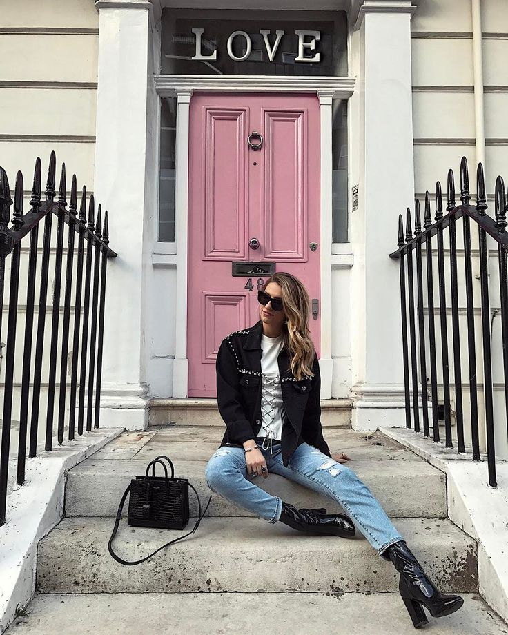 LOVE Door – London Instagram Spots – London Street…