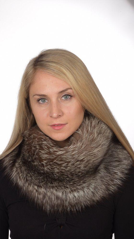 Stylish silver fox fur neck warmer. Real fur accessory. Handmade in Italy.  www.amifur.co.uk