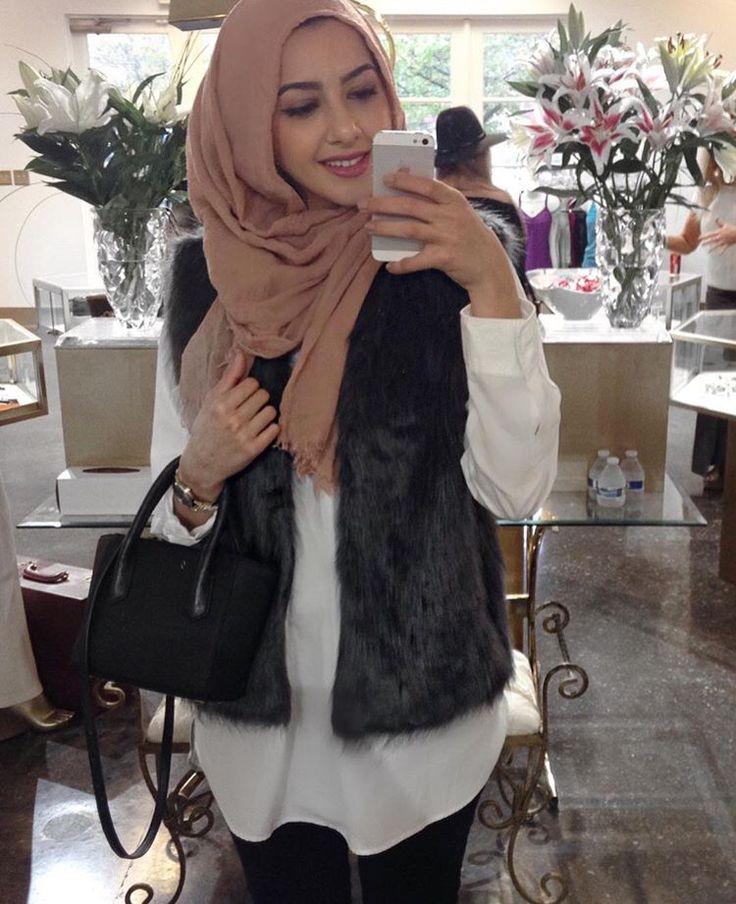 Hijab + Fur Vest (Summer Albarcha)