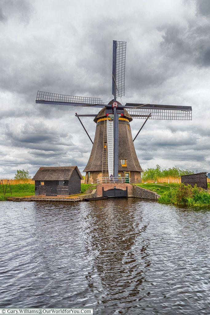 One of the #windmills at Kinderdijk, Holland, #Netherlands http://dennisharper.lnf.com/