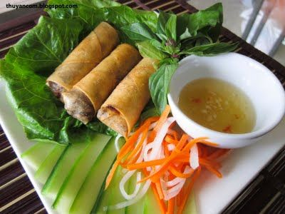 A Blog of Salt: Cha Gio - Vietnamese Fried Spring Roll