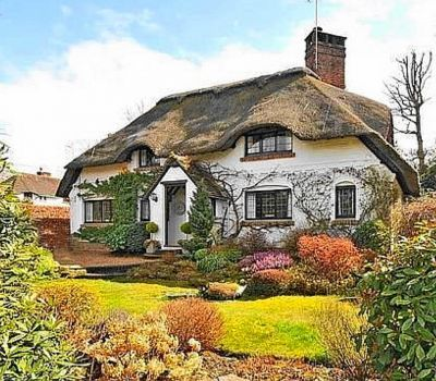 Sussex Thatched Cottage (90 pieces)