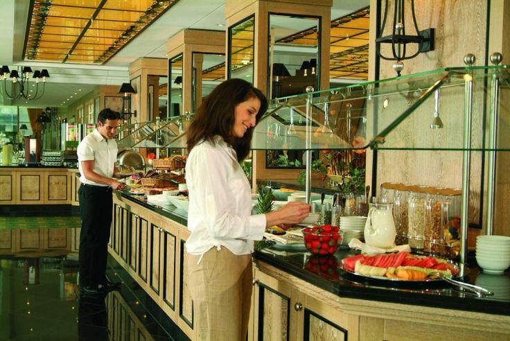 Brunch-Guide - Restaurant Wintergarten mit Elbterrasse - Maritim Hotel Dresden