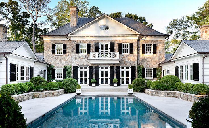 Boxwoods + beautiful architecture - Howard Design Studio