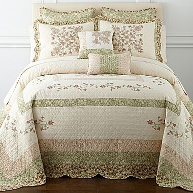 14 Best Quilts Images On Pinterest Bedspreads Interiors