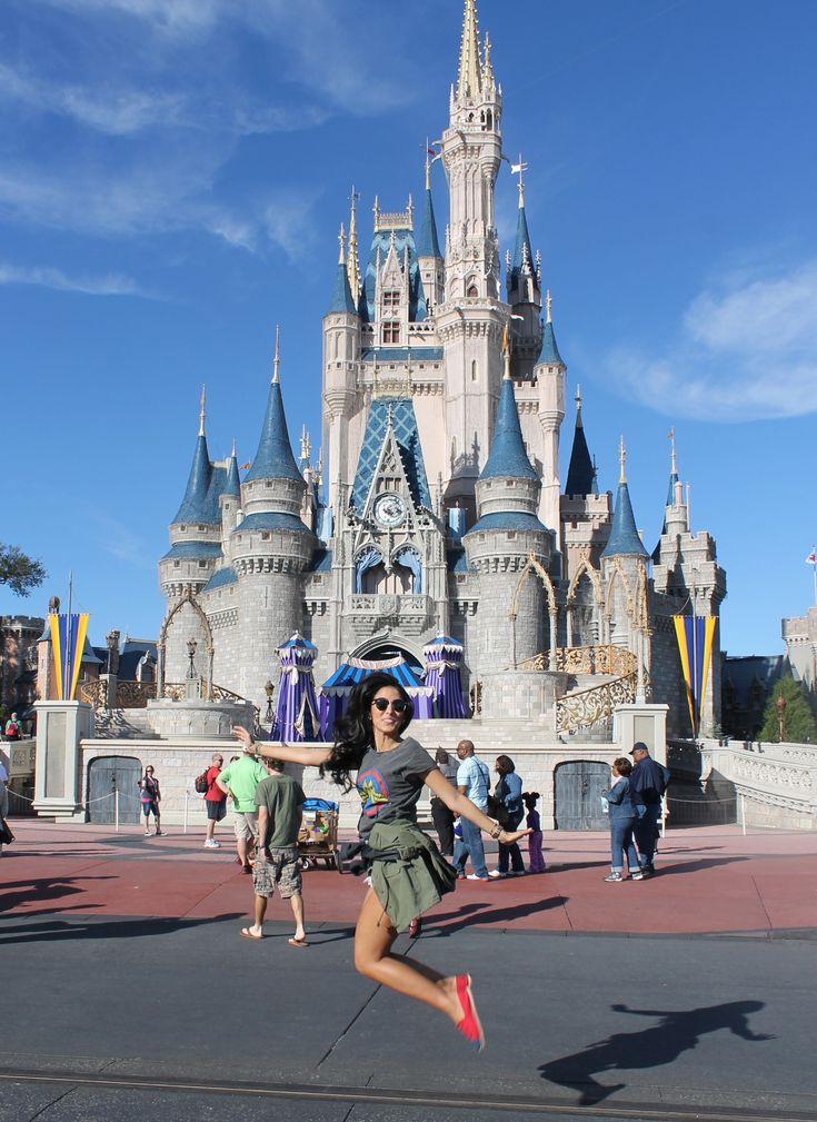 25 Best Disney Furniture Ideas On Pinterest: 25+ Best Ideas About Disney Poses On Pinterest