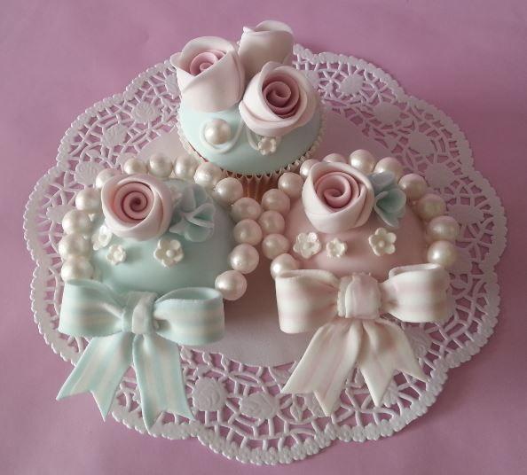 Rose vintage cupcakes