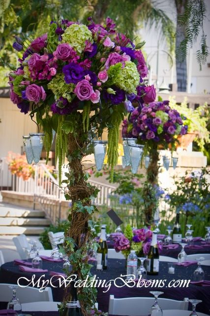 Centerpieces...love the colors!: Peacock Feathers, Blue Hydrangeas, Peacock Flowers Centerpieces, Beautiful Centerpieces, Bouquets, Purple Wedding Flowers, Great Ideas, Tall Centerpieces, Fall Wedding