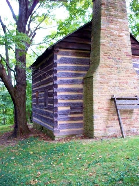 Walker-Ewing-Glass Log House