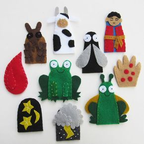 As you clean the house of leven, eat matzah and prepare the seder plate, bring the Torah to life for your children through this set of finger puppets!  ~ ~ ~ ~ ~ ✼ What is included?  The 10 Exodus Plagues on Egypt: 1. Water turned to blood - a drop of blood 2. Frogs - green frog 3. Lice - brown louse 4. Flies - fly 5. Disease on livestock - cow 6. Boils - hand 7. Hail and thunder - hail and lightening bolt 8. Locusts - green locust 9. Darkness - moon and stars 10. Death of the first born…