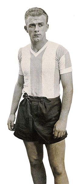 Argentina's Alfredo Di Stefano photographed during the 1947 Americas Cup.