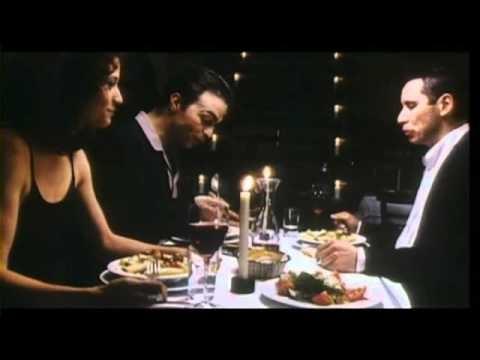 Kurz und schmerzlos  Bei dem Film handelt es sich um eine    Geschichte über die Freundschaft einer türkisch-griechisch-serbischen Gang in Hamburg-Altona.