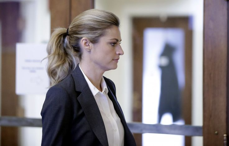 Erin Andrews settles her peephole lawsuit for an undisclosed amount