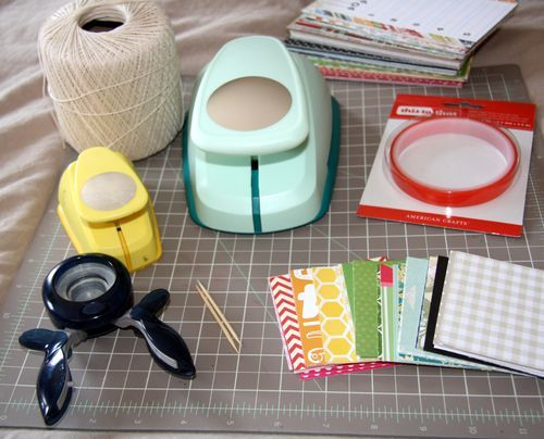 Awesome ideas on what to craft using a circle punch...tutorial.