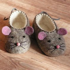 hand felted baby shoes