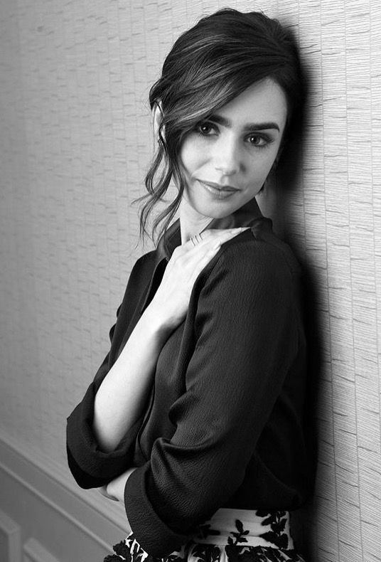 Lily Collins. Phil Collins  daughter.