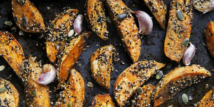 Dukkah Crusted Sweet Potato Fries + Tahini Dipping Sauce via @iquitsugar