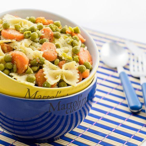 CARBONARA DI CAROTE E PISELLI #ricettavegetariana #carbonaravegetariana…