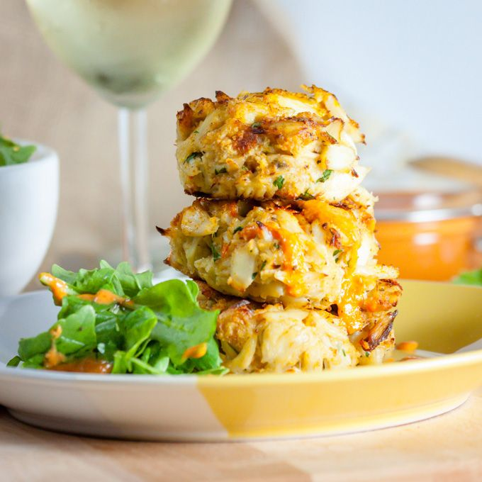 Crabs, Crab cakes and Roasted red peppers on Pinterest