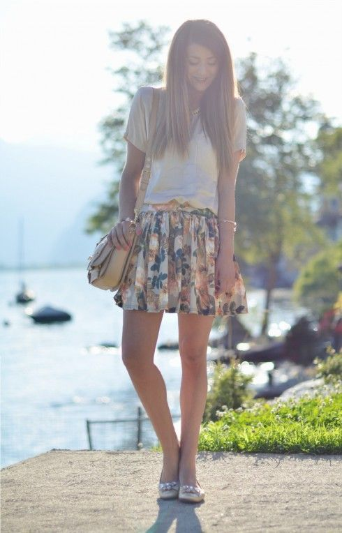 IDEE OUTFIT GONNA A FIORI & COMODE BALLERINE