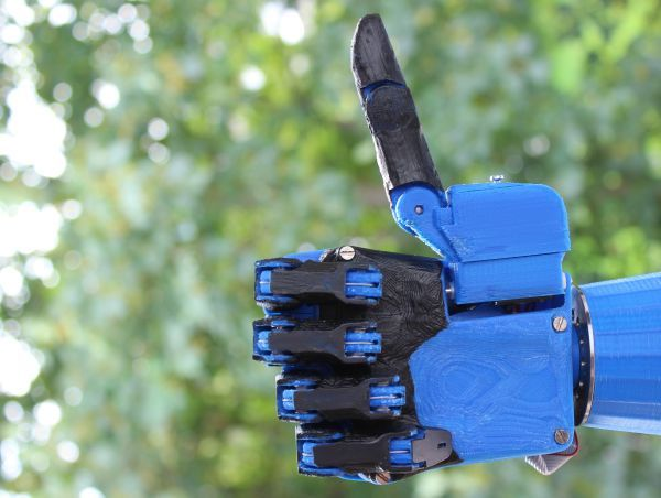 3D printed robotic hand aims to be the cheapest prosthetic hand option - DamnGeeky
