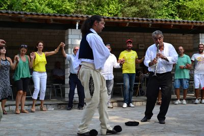 Psilokastrites dance