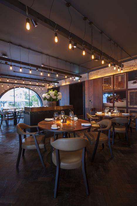 die besten 25 gastfreundschafts design ideen auf pinterest restaurant bar innendesign f r. Black Bedroom Furniture Sets. Home Design Ideas