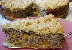 Rezept Mohnkuchen mit Streuseln: Gekochter Pudding und Mandarinen machen den Mohnkuchen schön saftig, dazu kommt er unter eine knusprige Haube. Das Rezept!